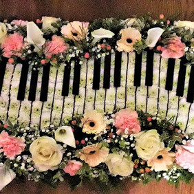 A keyboard for a music lover . 🎵🎶🎹.jp