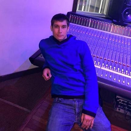 Kaizer Studio Kaizer Hazard 26 years old