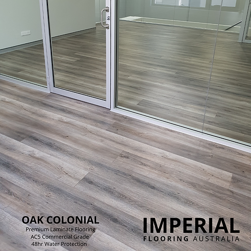 Oak Colonial - Swish Aqua 12mm Laminate Flooring 48hr Water Protection AC5