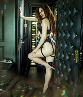 Fran boudoir 6.png