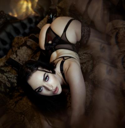 Fran boudoir 5.png