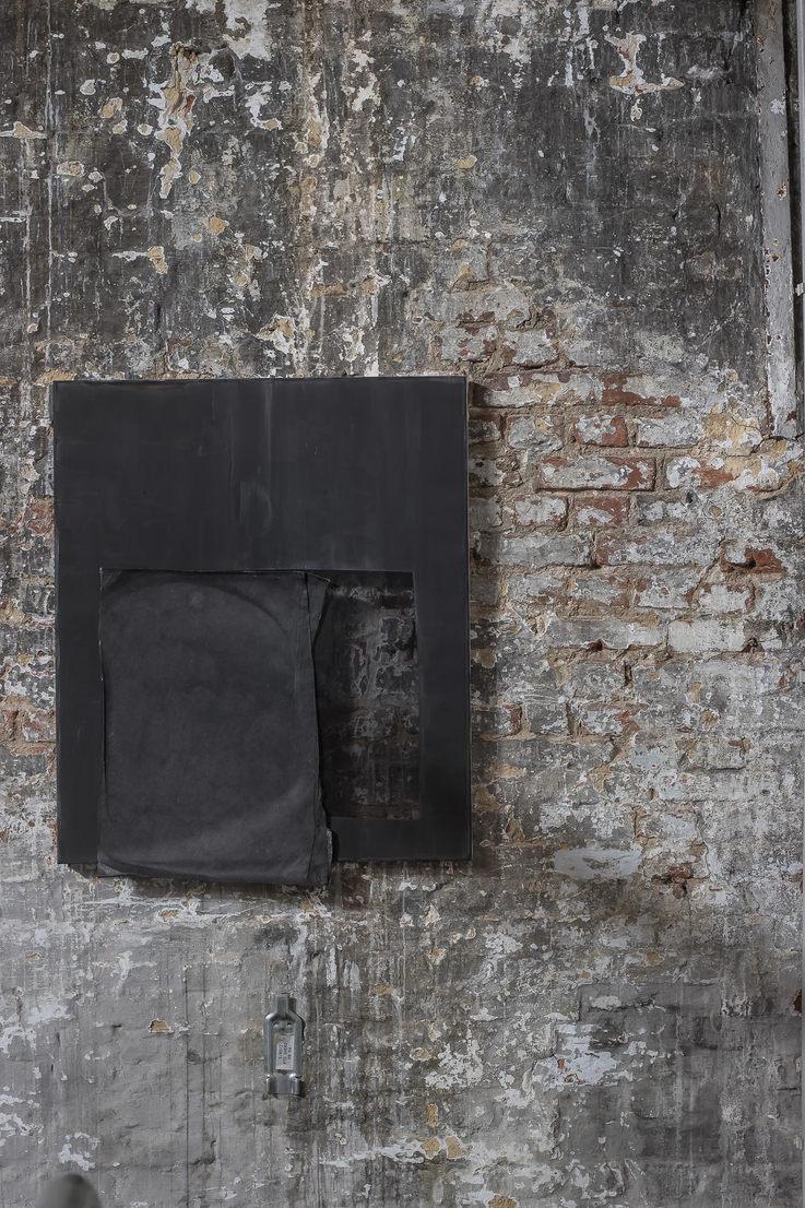 Composition Black I Acrylic on chiffon, Acrylic on paper I 70x60cm I 2020
