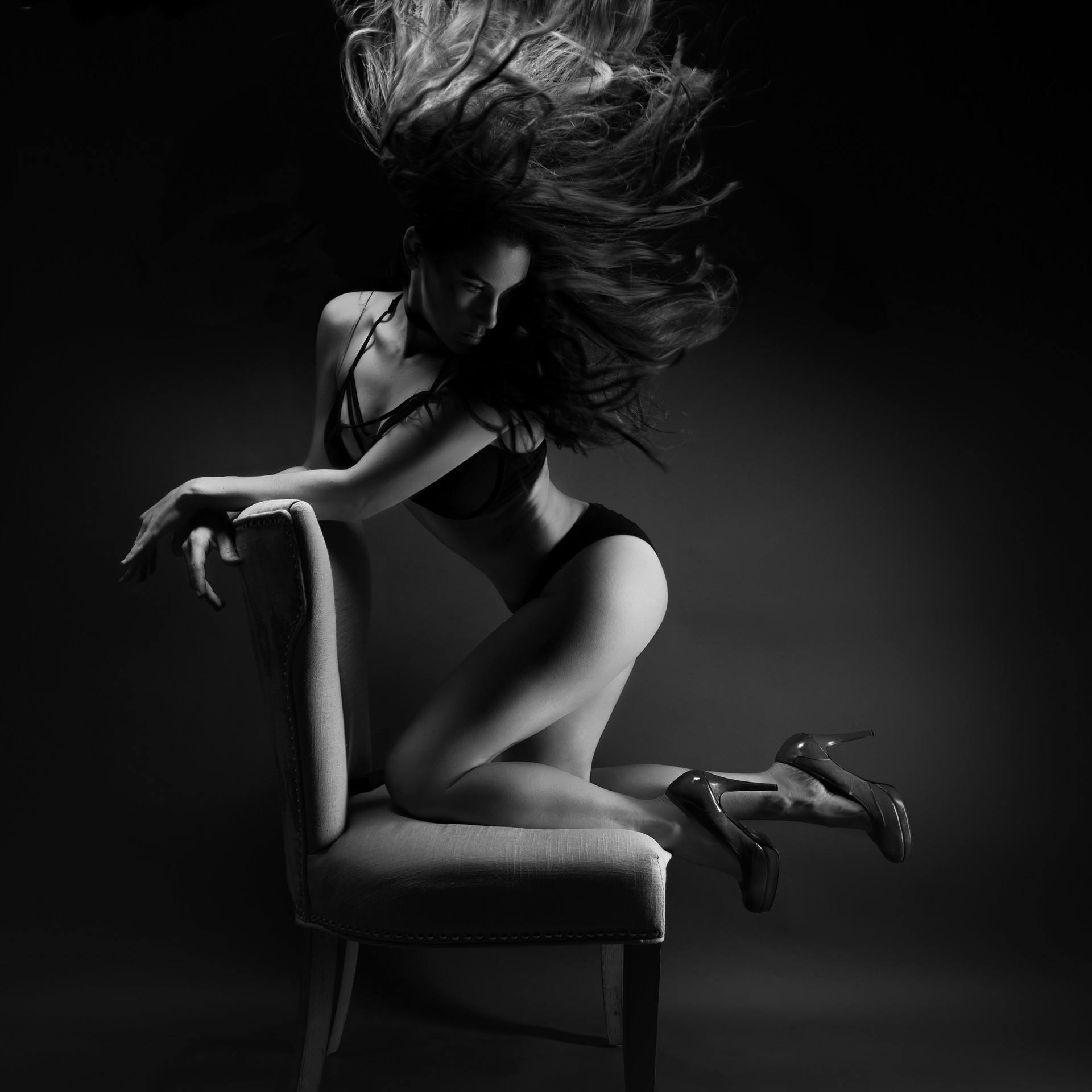 aline_hair_chair_b&w.jpg
