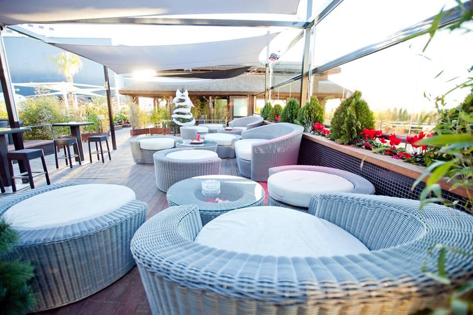 Mueble terraza en fibra sintética