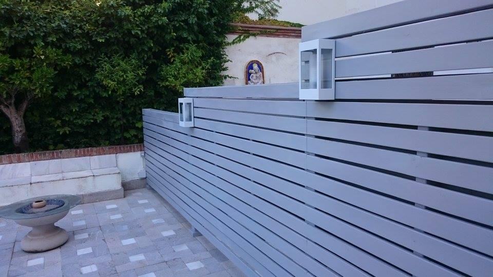 Tabique madera separación espacios