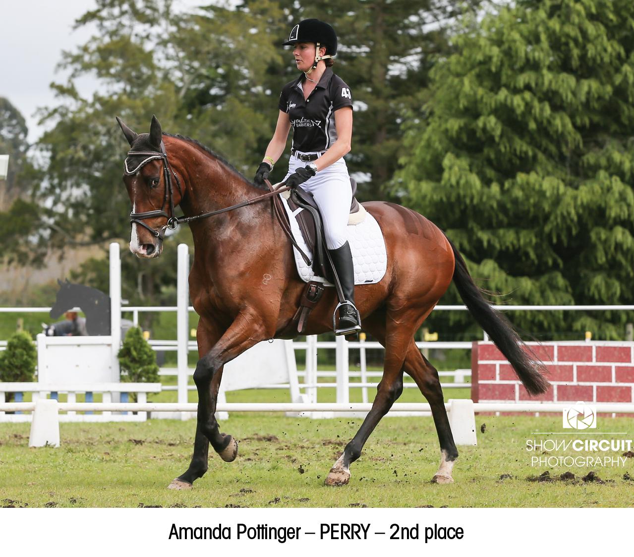 Amanda_Pottinger_–_PERRY_–_2nd_place