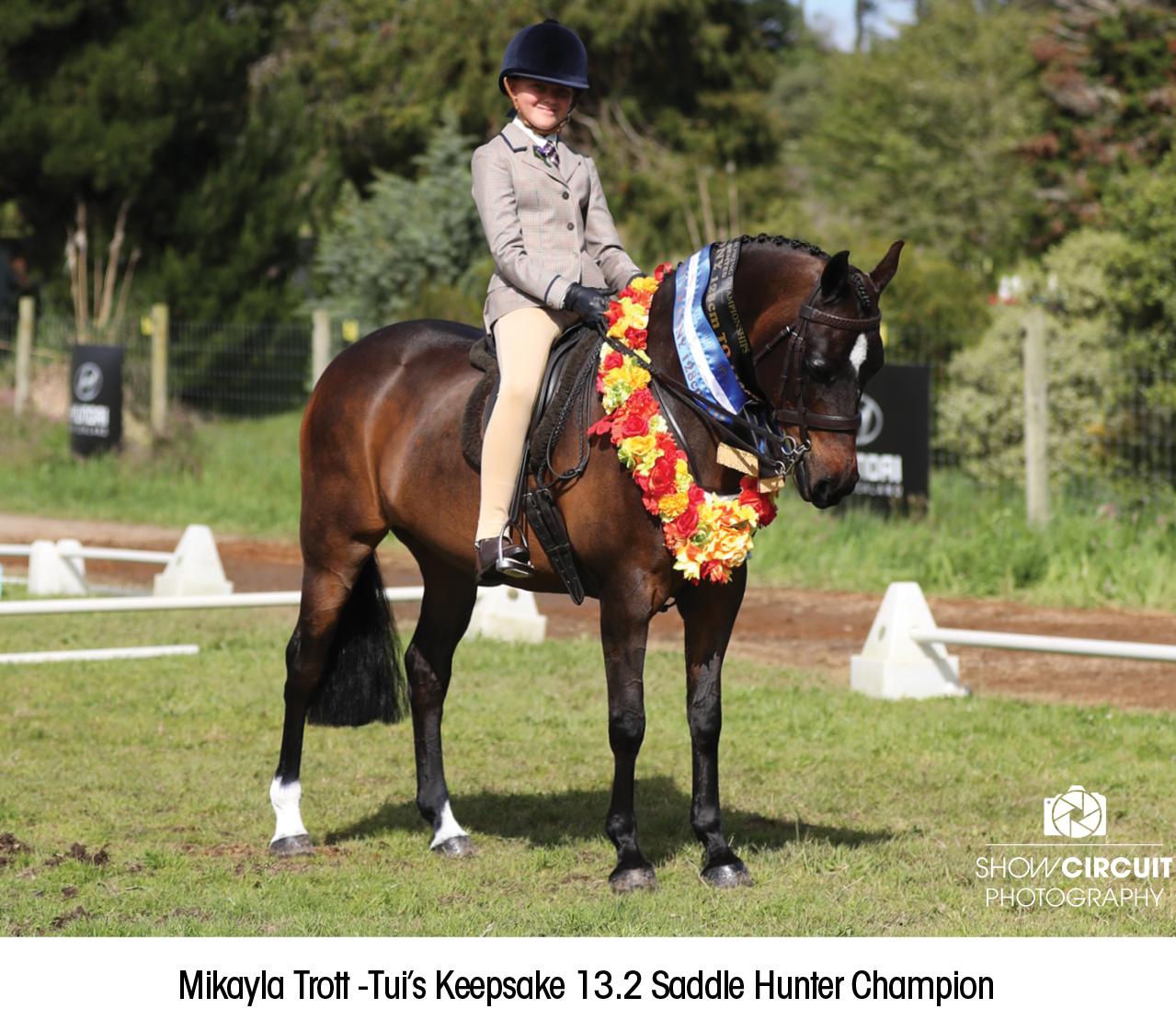 Mikayla_Trott_-Tui's_Keepsake_13.2_Saddle_Hunter_Champion