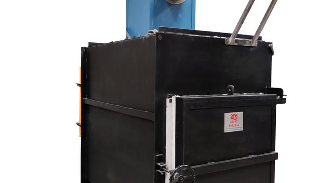 Incinerador para animales modelo CF-130, a gas, con una capacidad real de 200 Kgs. de carga.