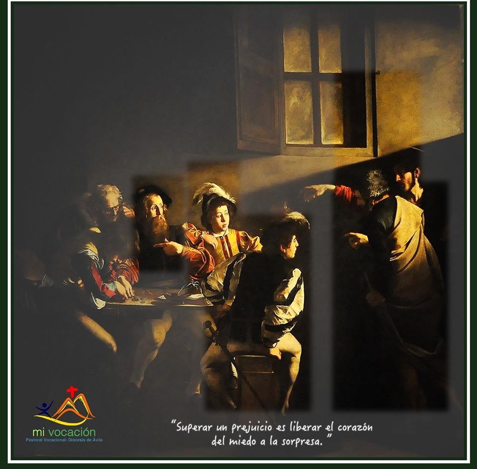 """Los fariseos no pueden entender que Jesús se junte con publicanos… no pueden entender cómo un maestro puede comer con pecadores, rodearse de malhechores. Jesús se lo explica: """"No necesitan médico los sanos, sino los enfermos. No he venido a llamar a los justos, sino a los pecadores"""". Hoy nuestro personaje es Pedro… viejo, desaliñado, demacrado por las heridas de la vida… pero un pecador arrepentido que ha decidido seguir al Señor. ¿Y sabéis qué? A Jesús no podemos verle el cuerpo… su cuerpo es Pedro (la Iglesia). Jesús ha querido que su Iglesia, muchas veces demacrada por el pecado, sea sus manos y sus pies en este mundo. Sólo a través de Pedro podemos descubrir a Jesús entero. #Cuaresma en mivocacion.es"""