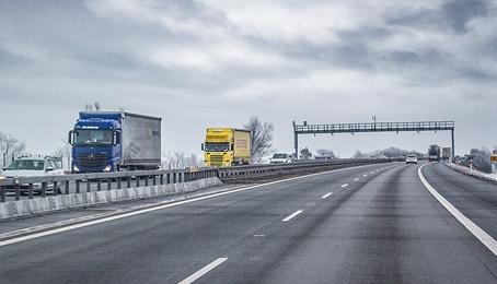 Intenzita dopravy na Slovensku klesla vlani o 20 %