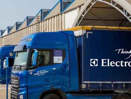 3 největší výrobci kamionů postaví evropskou síť dobíjecích stanic pro elektrický pohon