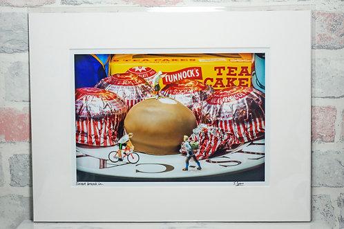 Sweet break in - A4 mounted print