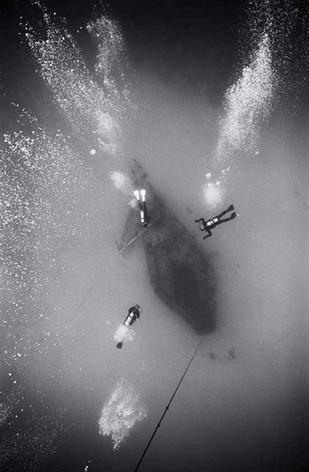 Descending toward Ship Wreck (SP-175)