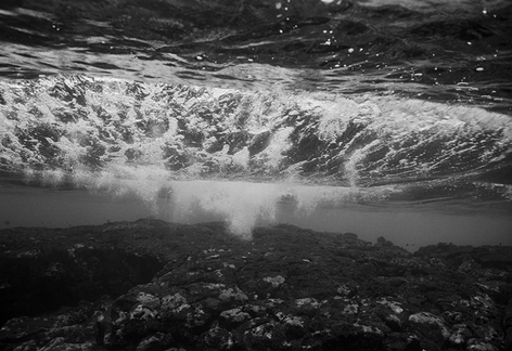 Wave over Reef (O-614)