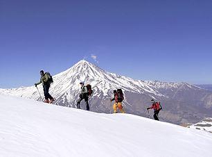 Skiing on Damavand.jpg
