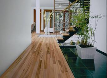 Top 5 Reasons to Choose Hardwood Floors in 2019