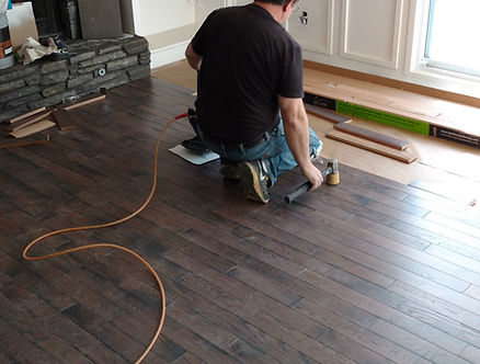 Hardwood floro instalaltion in Calgary Advantage Hardwood