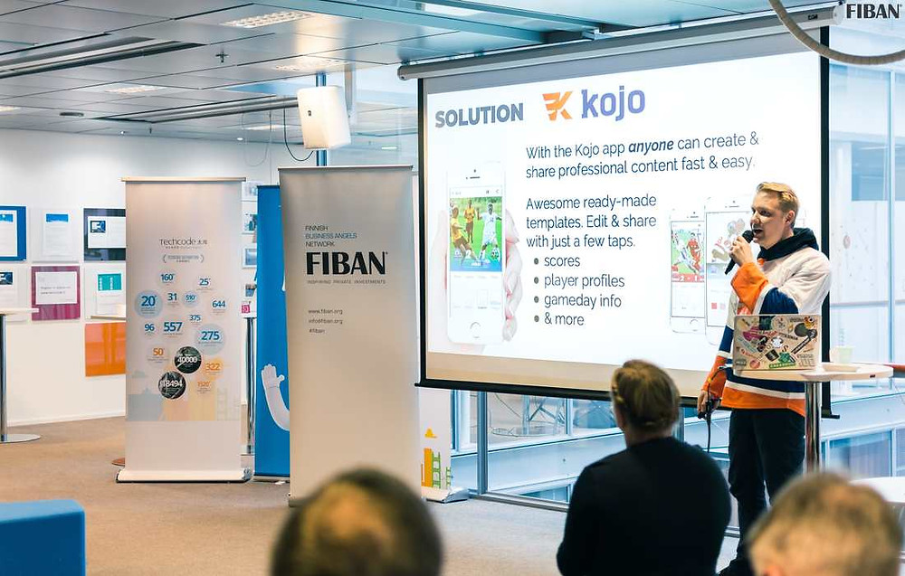 Mikael from SportaPost (formerly known as KojoApp) pitching in FiBAN's PitchFinland. Photo by FiBAN / Wasim Al-Nasser