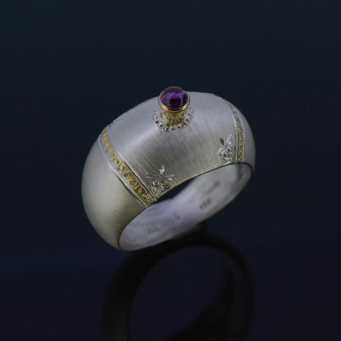 """La vie en rose"" Ring"