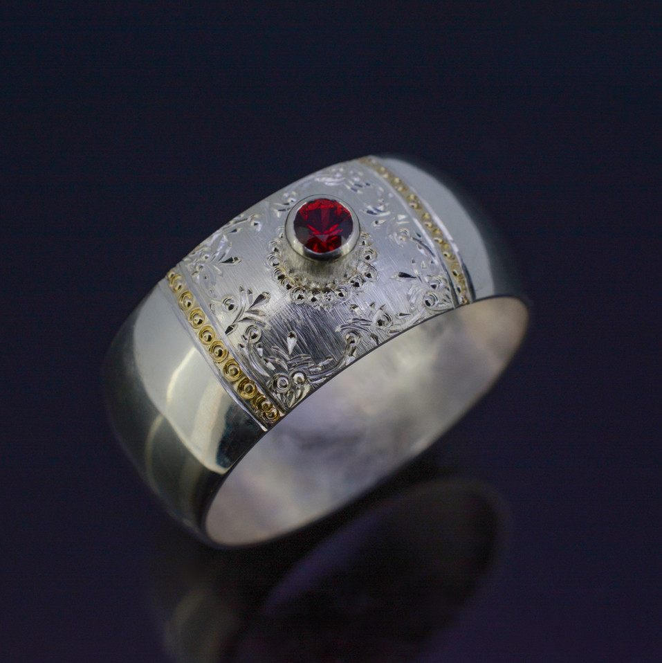 """Die Königin"" Silver Ring with Sapphire and Gold Inlay"