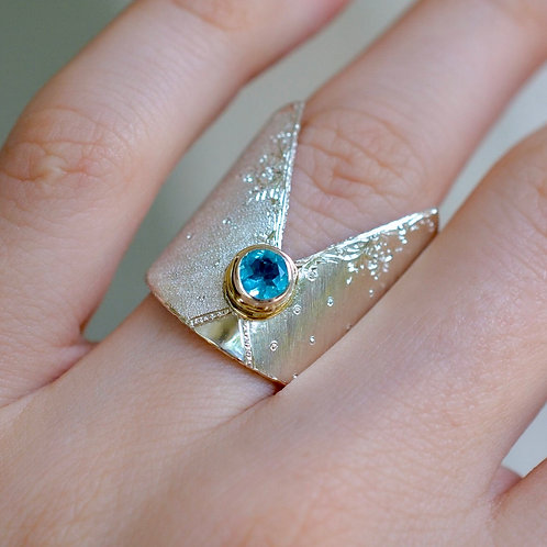 Royal Apatite Ring