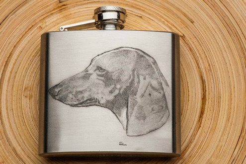 Engraved flask with duchshund