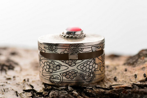 Engraved sterling silver pill box