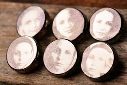 Portrait buttons