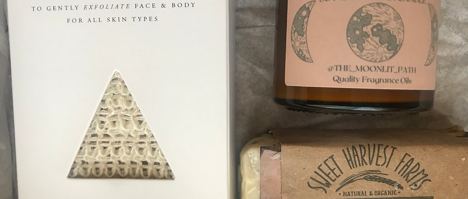 Holiday Box- Body Soap, Agave Exfoliating Cloth, Candle