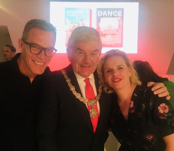 Met de CEO van de Jaarbeurs: Albert Arp en Burgermeester Jan van Zanen, tijdens lancering van nieuwe branding Jaarbeurs, waar ik een muzikale wrap-up vertolkte.