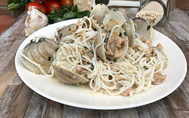 Good carb pasta in white wine clam sauce