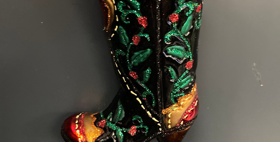 HOLLY BERRY COWBOY BOOT UPC 729343321619
