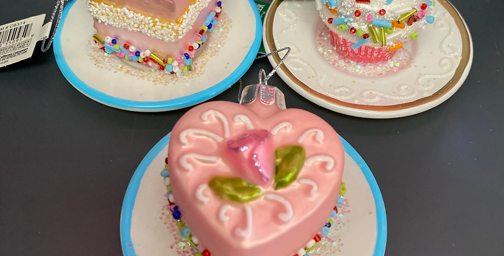 3 asst Cakes