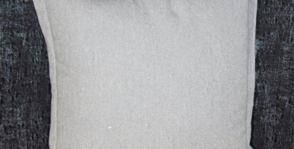 Kissen Hell Grau