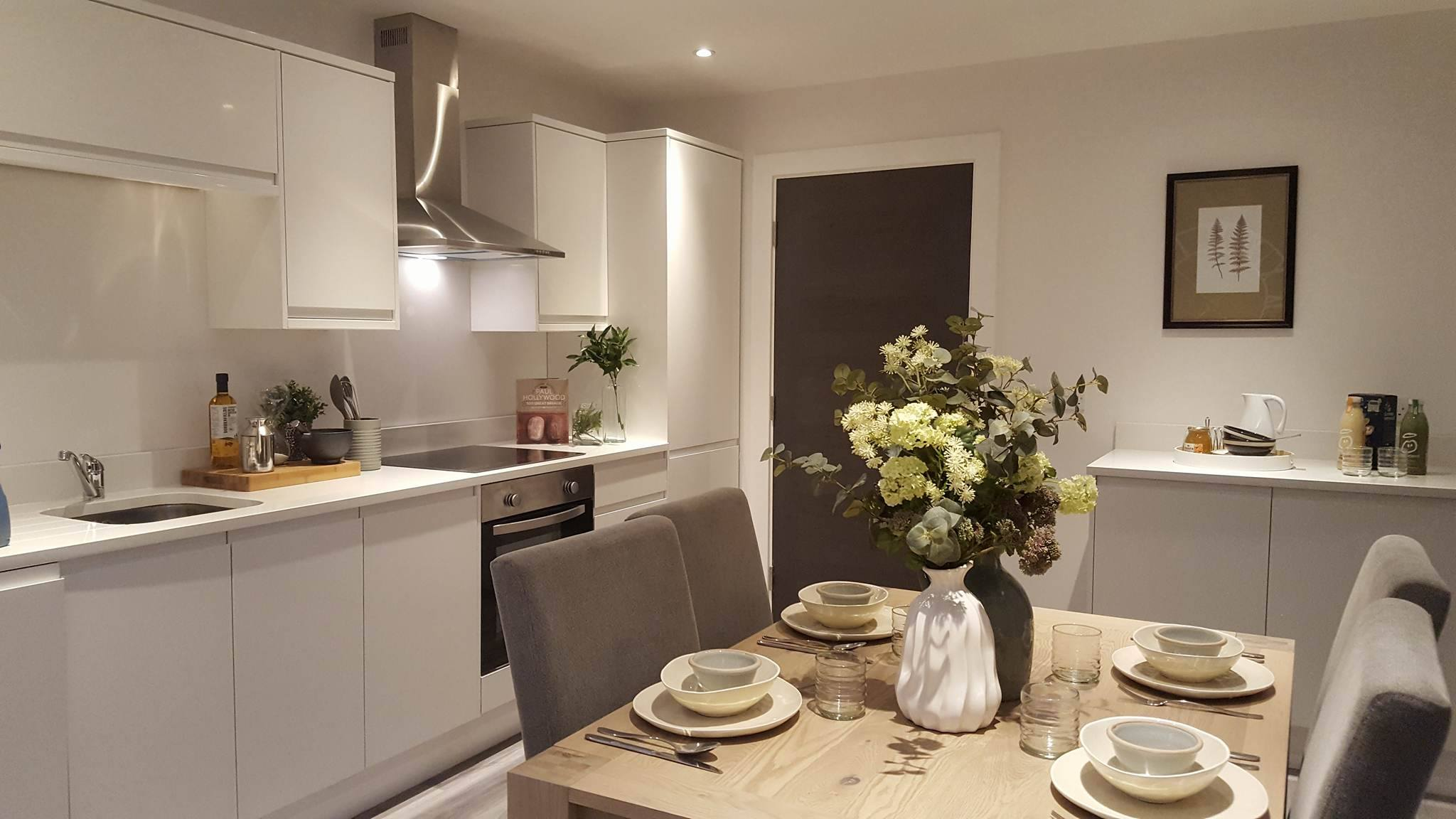 Kitchen Fitter, Surrey