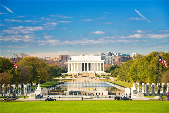 lincoln_memorial_and_reflecting_pool.jpg