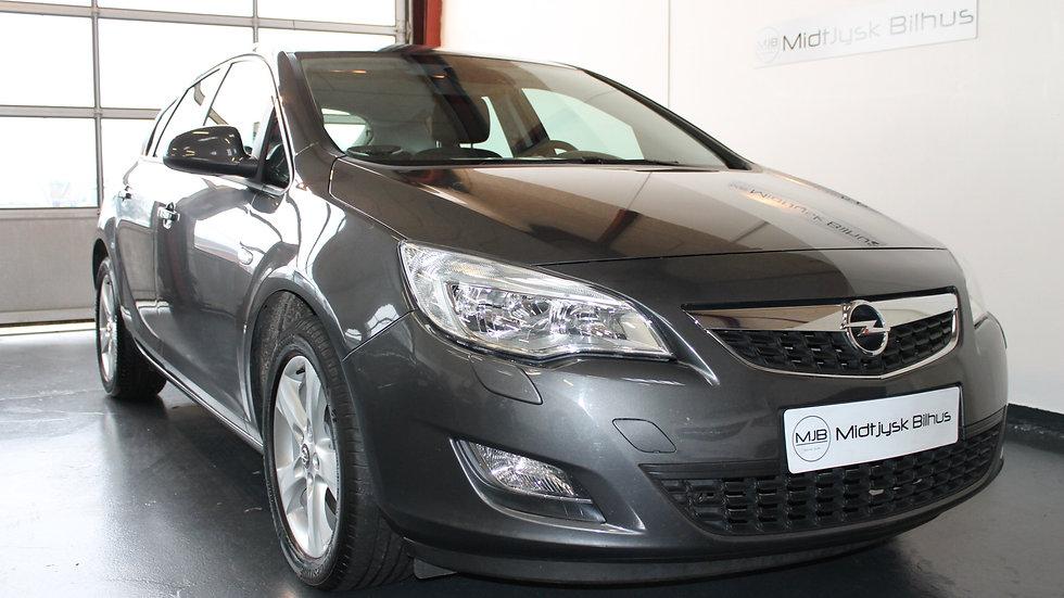 Opel Astra 1,7 CDTi 110 Enjoy 5d - Diesel - Modelår 2010