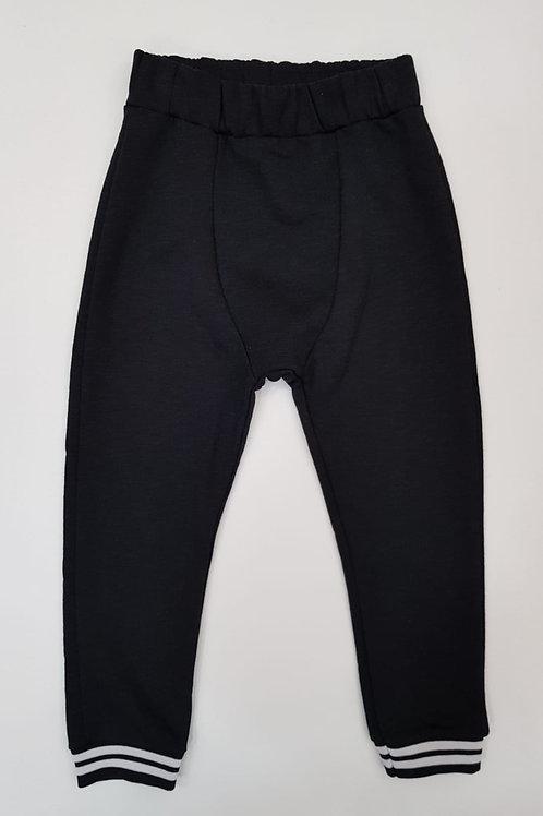 Jogger negro (9932)