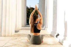 Lisa Buchegger Yoga in Wien