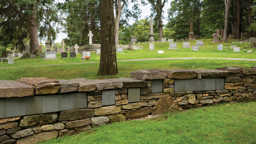 Center Cemetery_3.jpg