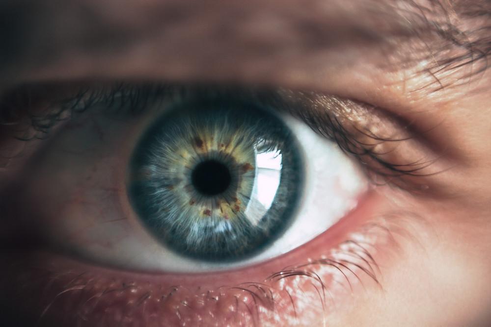 A close up of a blue eye