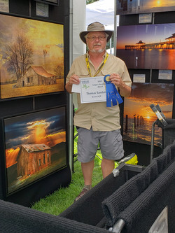 Excellence Award - Thomas Sanders