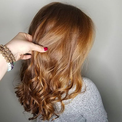 Where are my natural red heads_! 🙋♀️ T