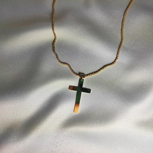 Colar com cruz