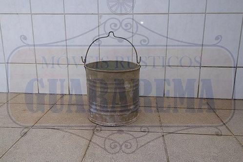 Balde em alumínio para decoração (0,28m diâmetro x 0,28m altura).