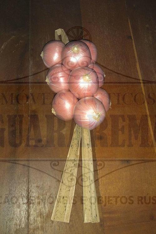 Cebolas (réstea) para decoração.