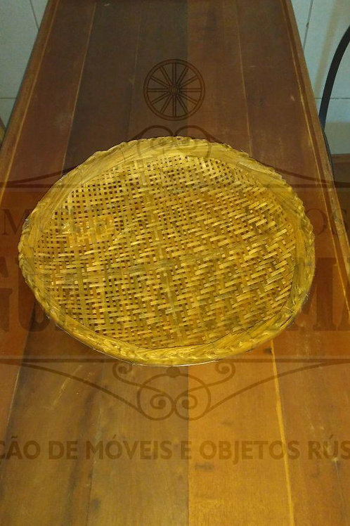 Peneira rústica artesanal média (0,47m diâmetro).