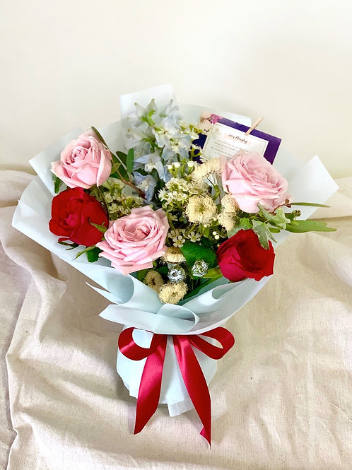 Freestyle Mixed Roses Bouquet