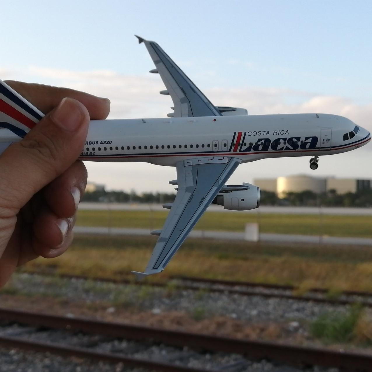 El Aviador Models (5)