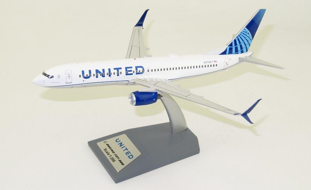 El Aviador Models (2)